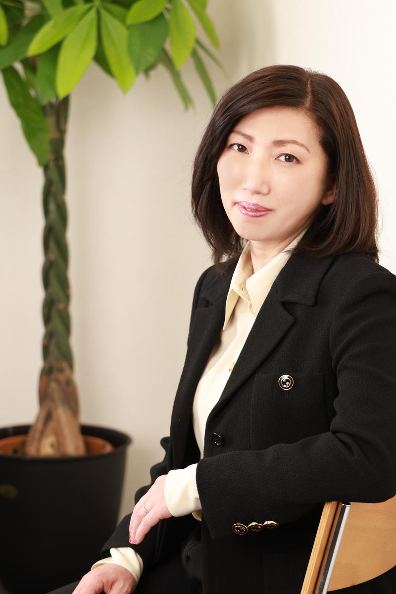 井上 加奈子